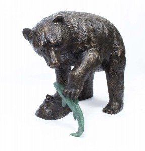 06791-large-wild-bear-fishing-salmon-bronze-sculpture-1