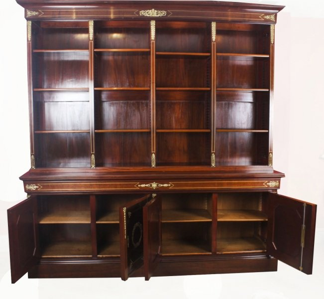 Featured Review - In Praise of Antique Bookcases