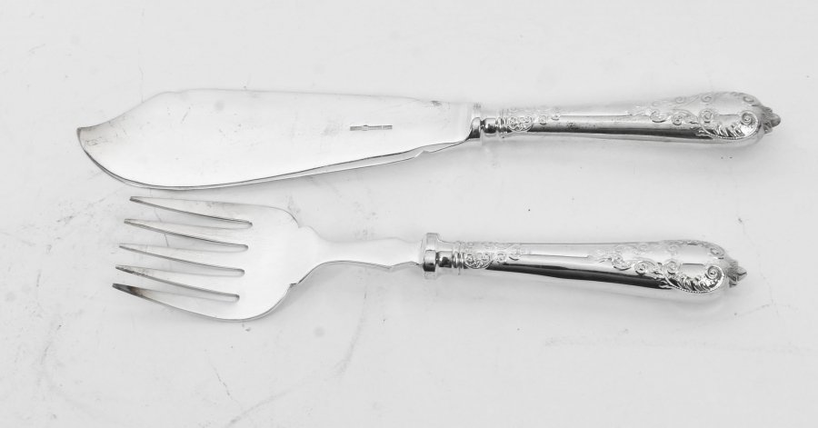 Add These Stunning Antique Cutlery Sets to Your Next Dining Experience