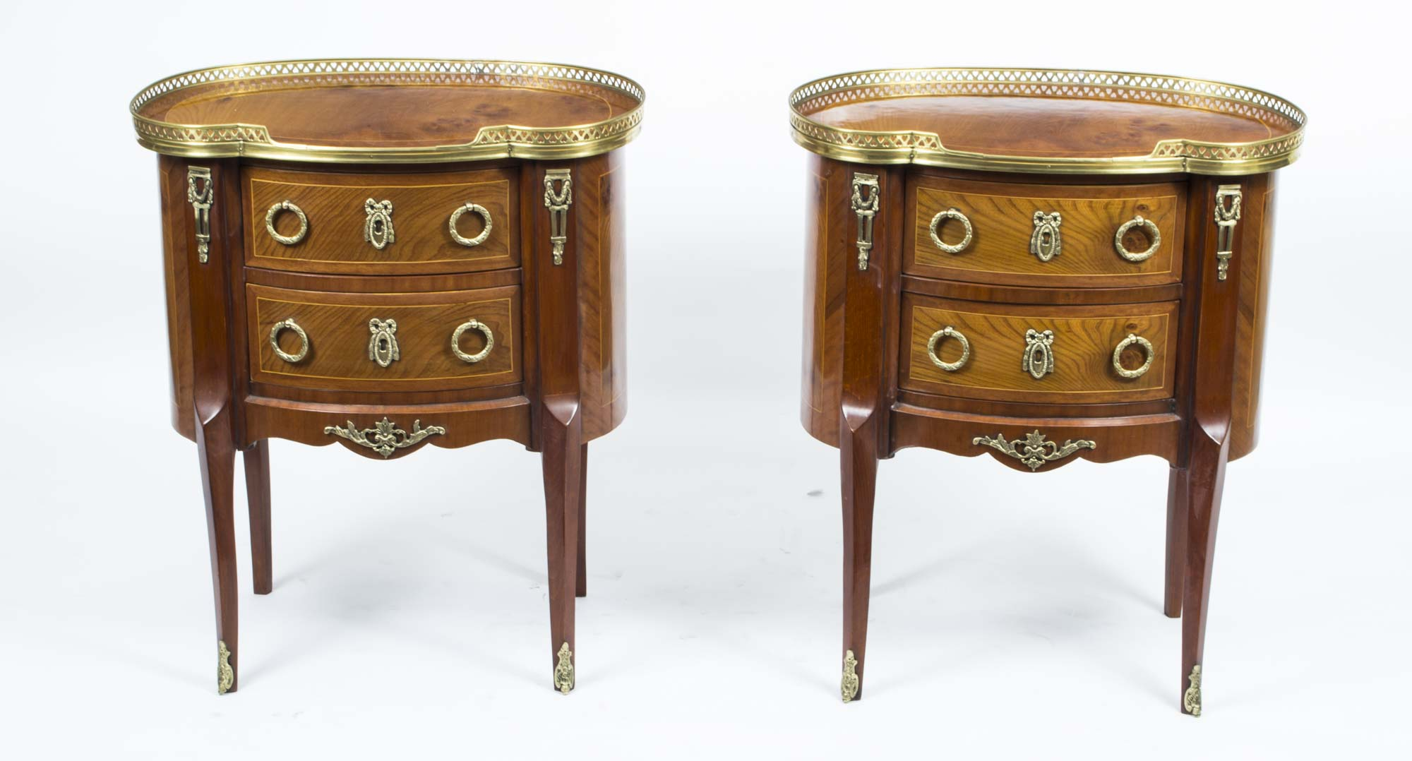 pair french louis xv style bedside chests side tables ref no 00248. Black Bedroom Furniture Sets. Home Design Ideas