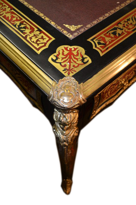 Regent Antiques Desks and writing tables Stunning  : 00695a Stunning French Louis XV Style Boulle Writing Table 7 from regentantiques.com size 477 x 715 jpeg 102kB
