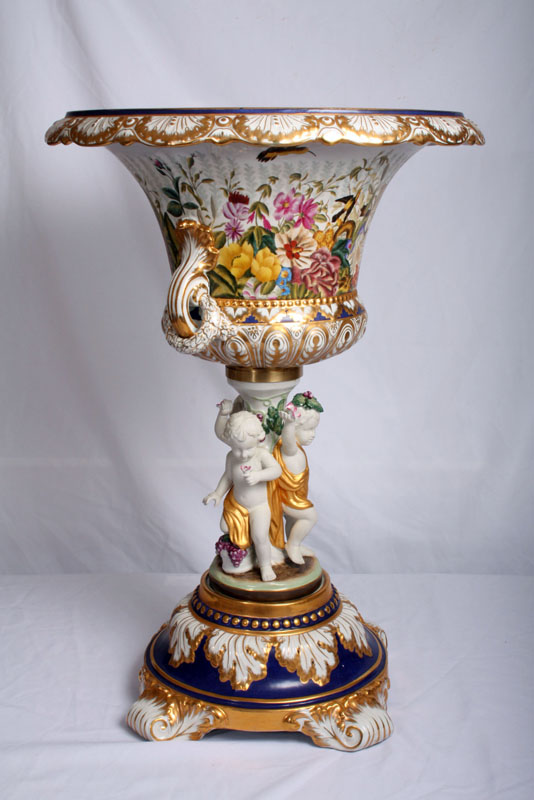 Stunning Hand Painted Ref No 01465 Regent Antiques