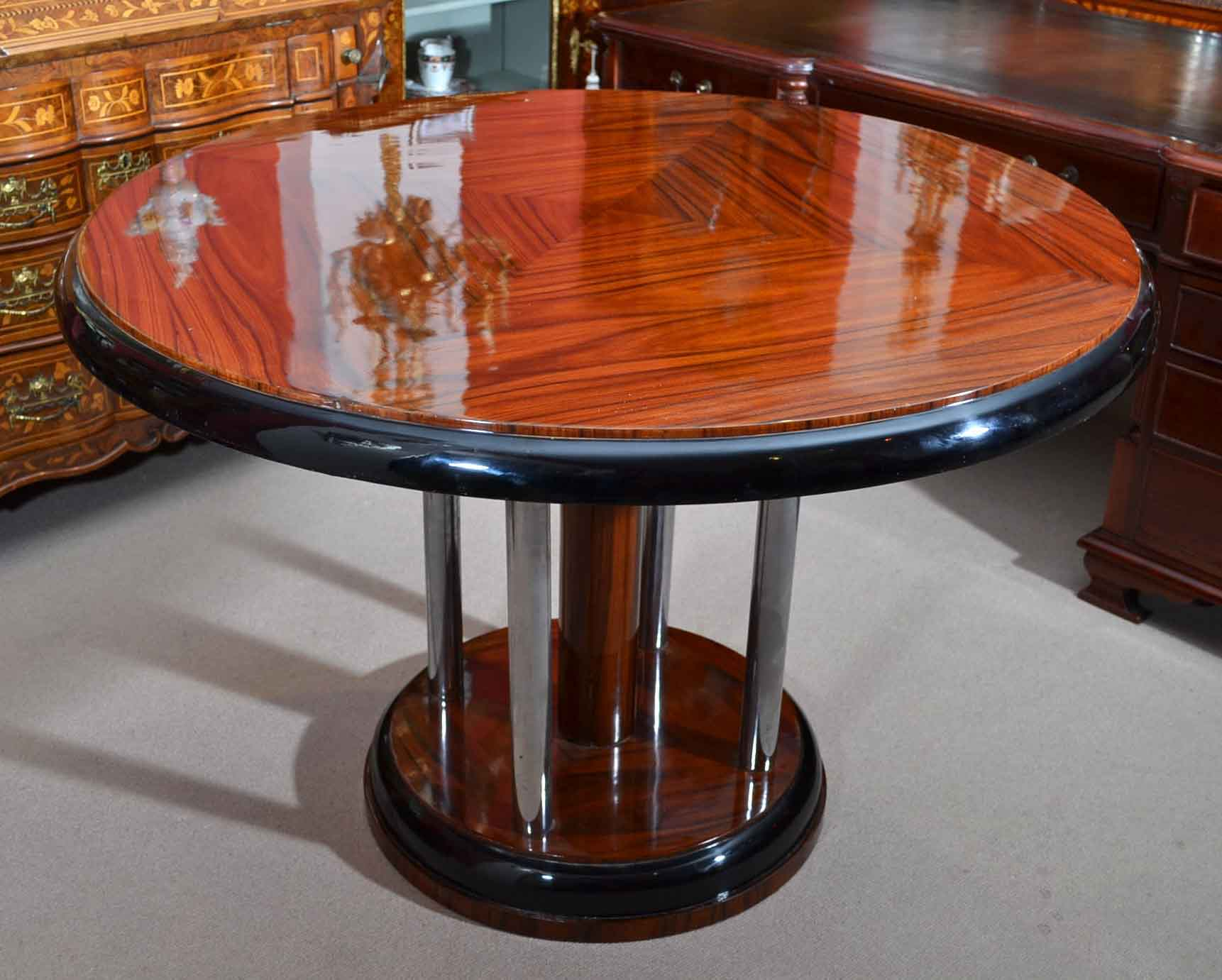 Stunning Art Deco Rosewood Round Dining Table