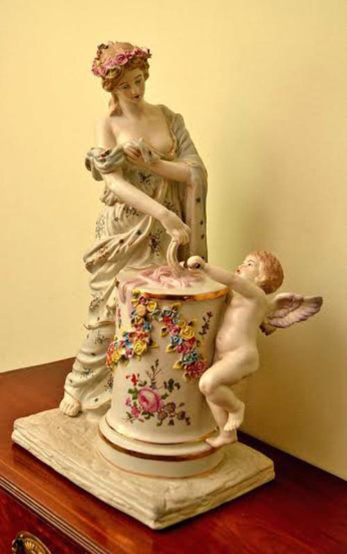 Beautiful Dresden Style Ref No 03877 Regent Antiques