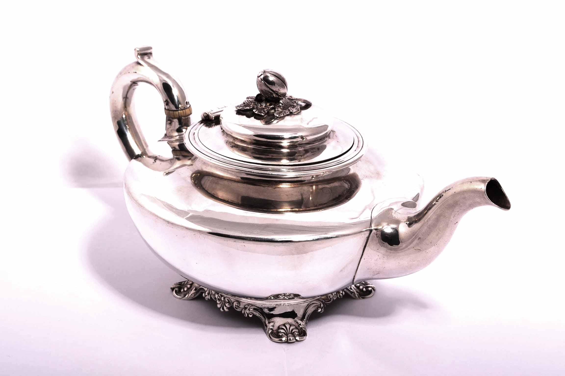 Regent Antiques Silver and silver plate Sterling  : 04164 Antique Victorian Silver Teapot 1837 1 from regentantiques.com size 2304 x 1536 jpeg 146kB