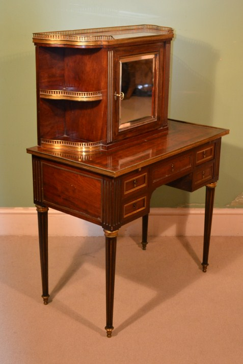 Regent antiques desks and writing tables antique for Meuble bonheur du jour