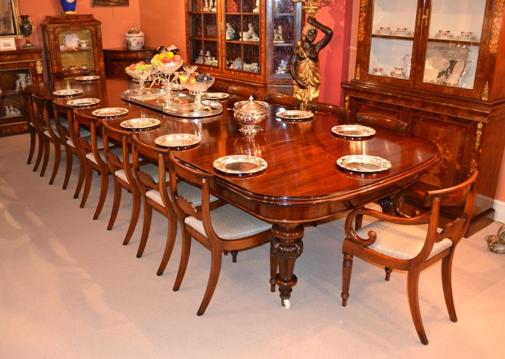 Antique 15ft victorian dining table 16 chairs for Wohnzimmereinrichtung vintage