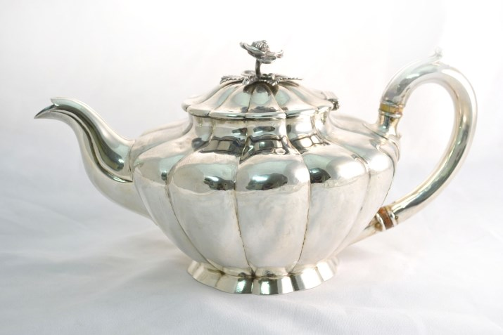 Regent Antiques Silver and silver plate Sterling  : 05065 Antique English Sterling Silver Teapot London 1831 1 from regentantiques.com size 715 x 477 jpeg 43kB