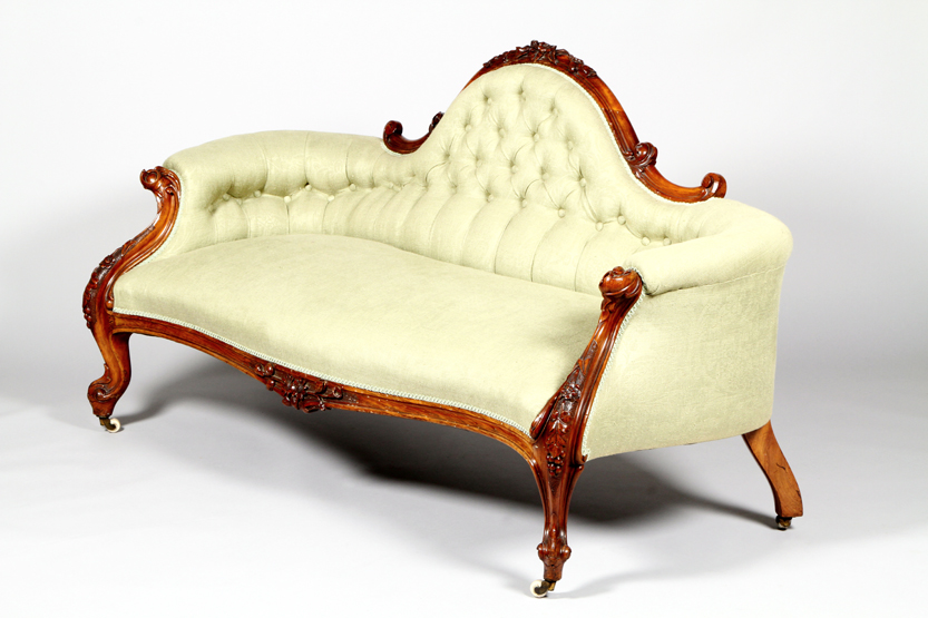 Regent antiques sofas and stools antique victorian for Antique victorian chaise