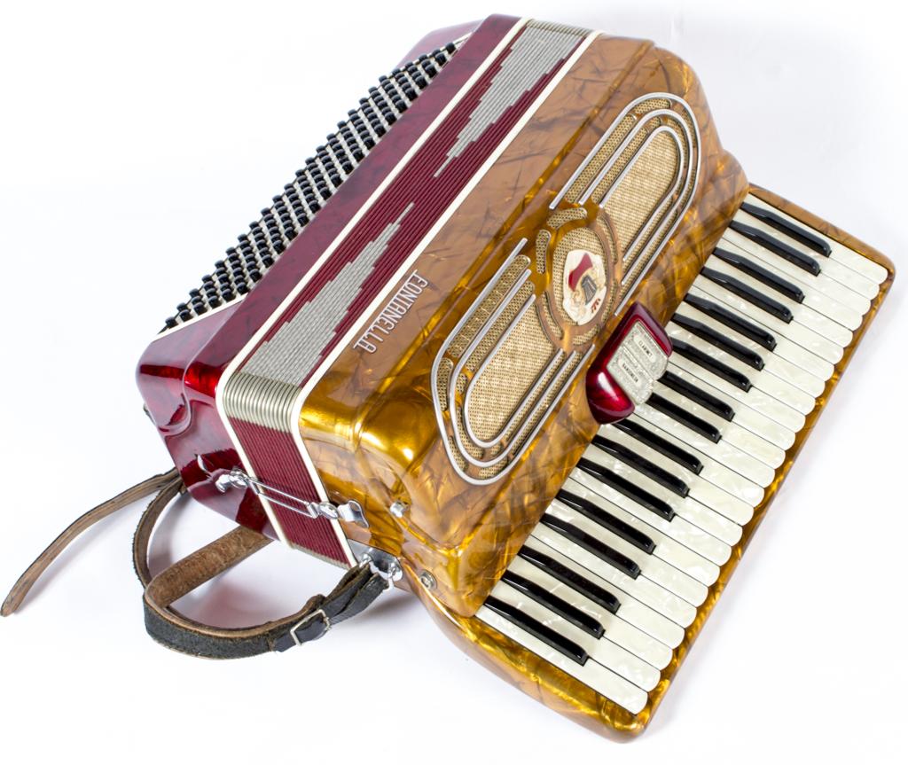Vintage Piano Accordion Ref No 06040 Regent Antiques
