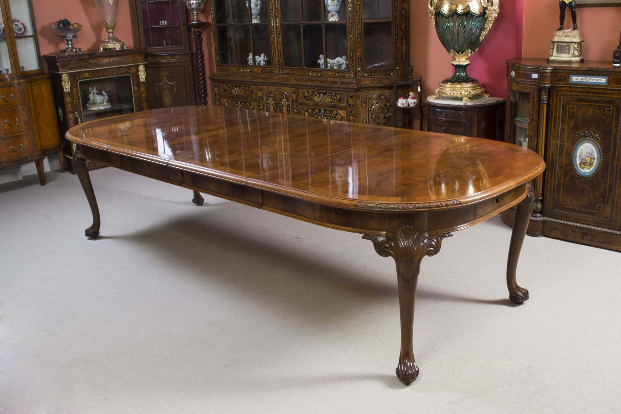 antique burr walnut queen anne styl dining table c1920