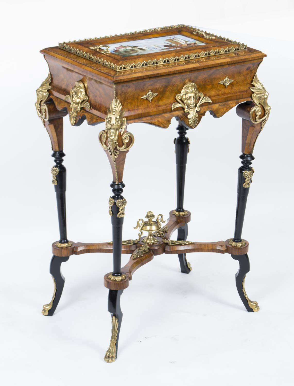 Regent antiques pedestals and plant stands antique for Jardiniere napoleon 3