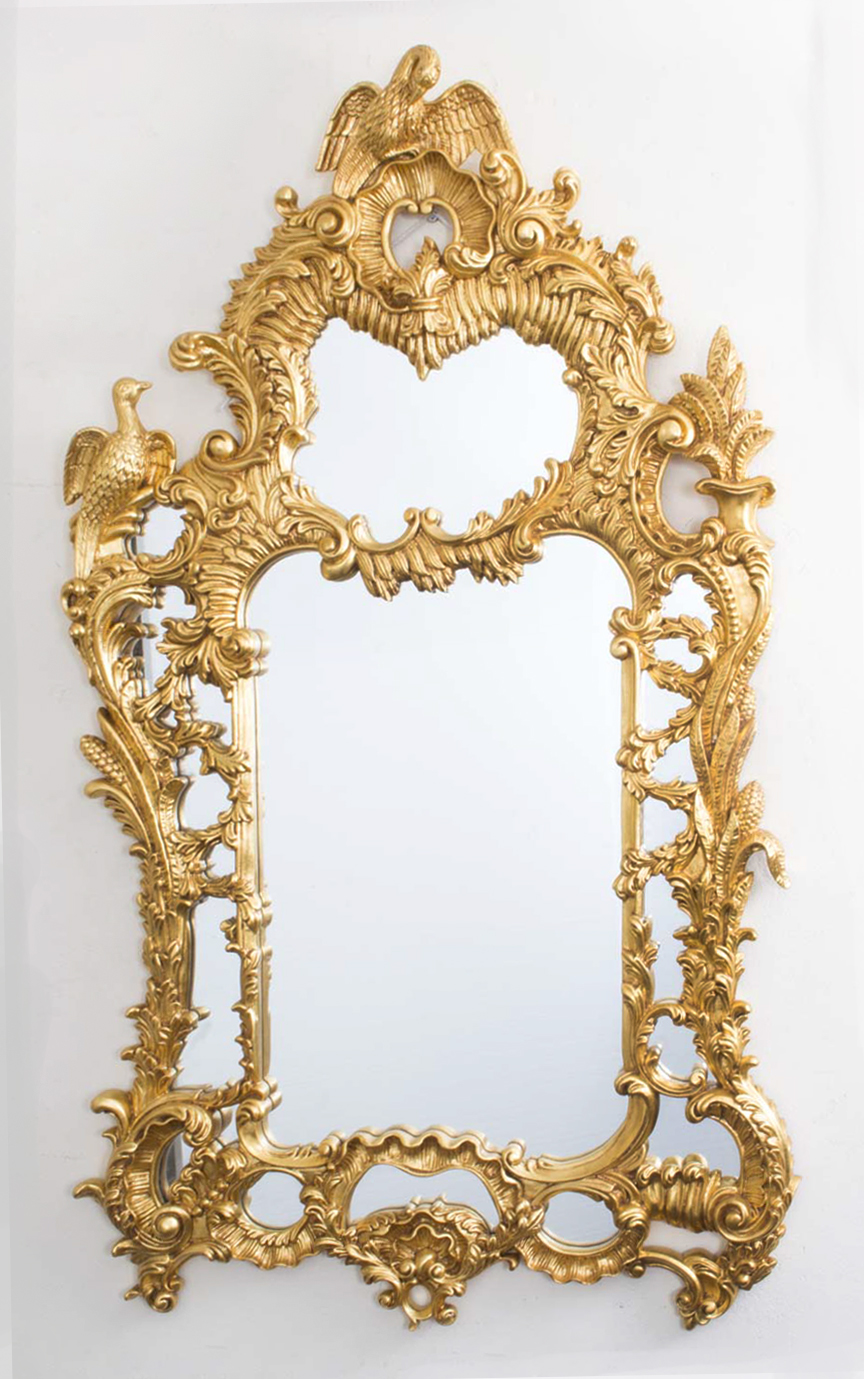 Beautiful Italian Rococo Giltwood Decorative Mirror 146 X