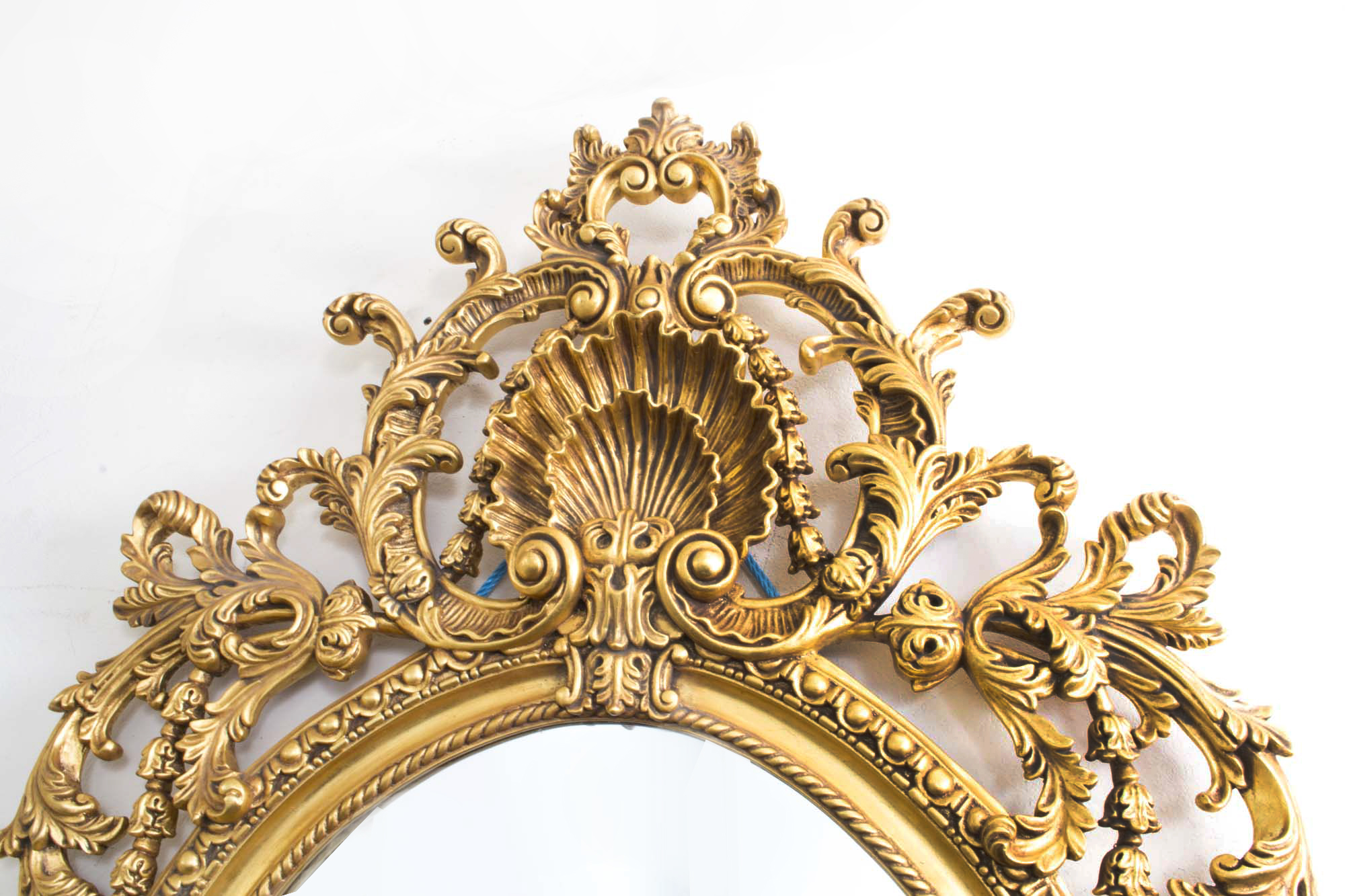 Regent antiques mirrors italian rococo gilded oval for Gilded baroque mirror
