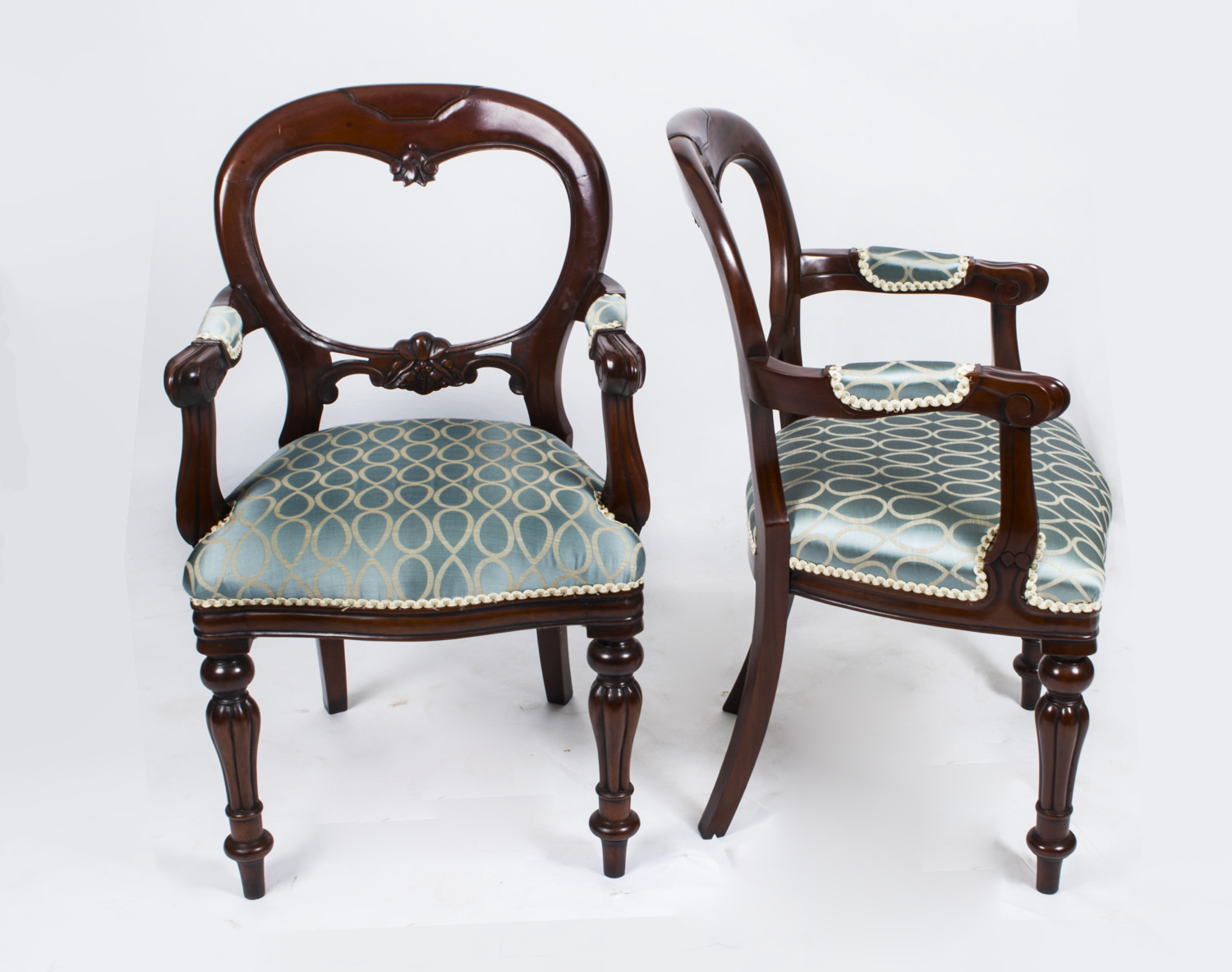 regent antiques dining tables and chairs table and chair sets antique victorian oval. Black Bedroom Furniture Sets. Home Design Ideas