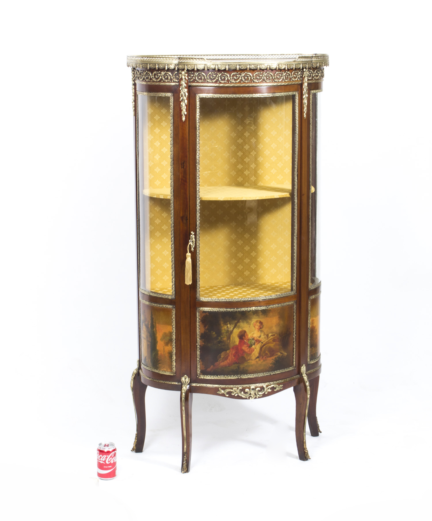 Regent antiques display cabinets antique french vernis for Sideboard und vitrine