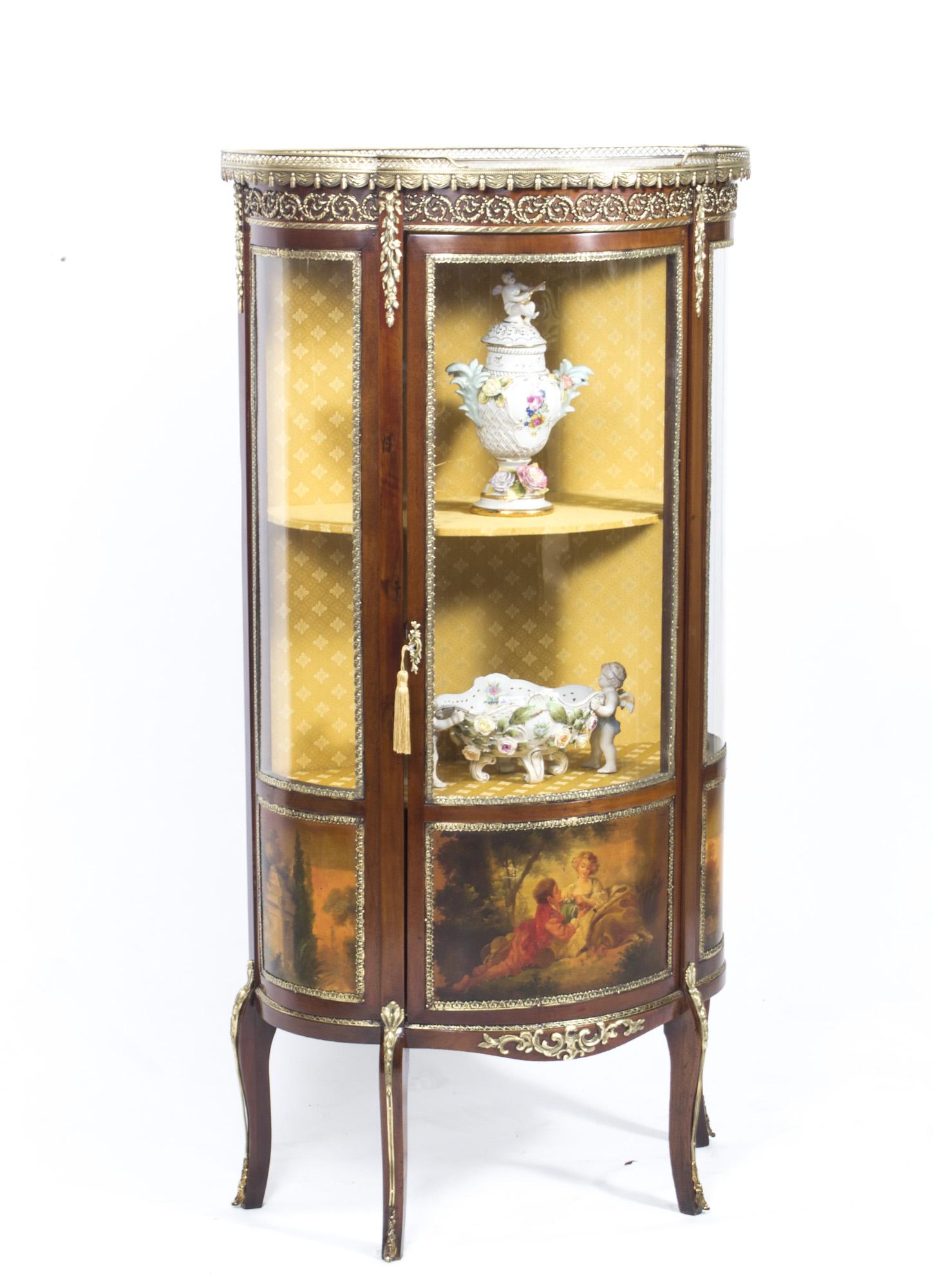 regent antiques display cabinets antique french vernis. Black Bedroom Furniture Sets. Home Design Ideas