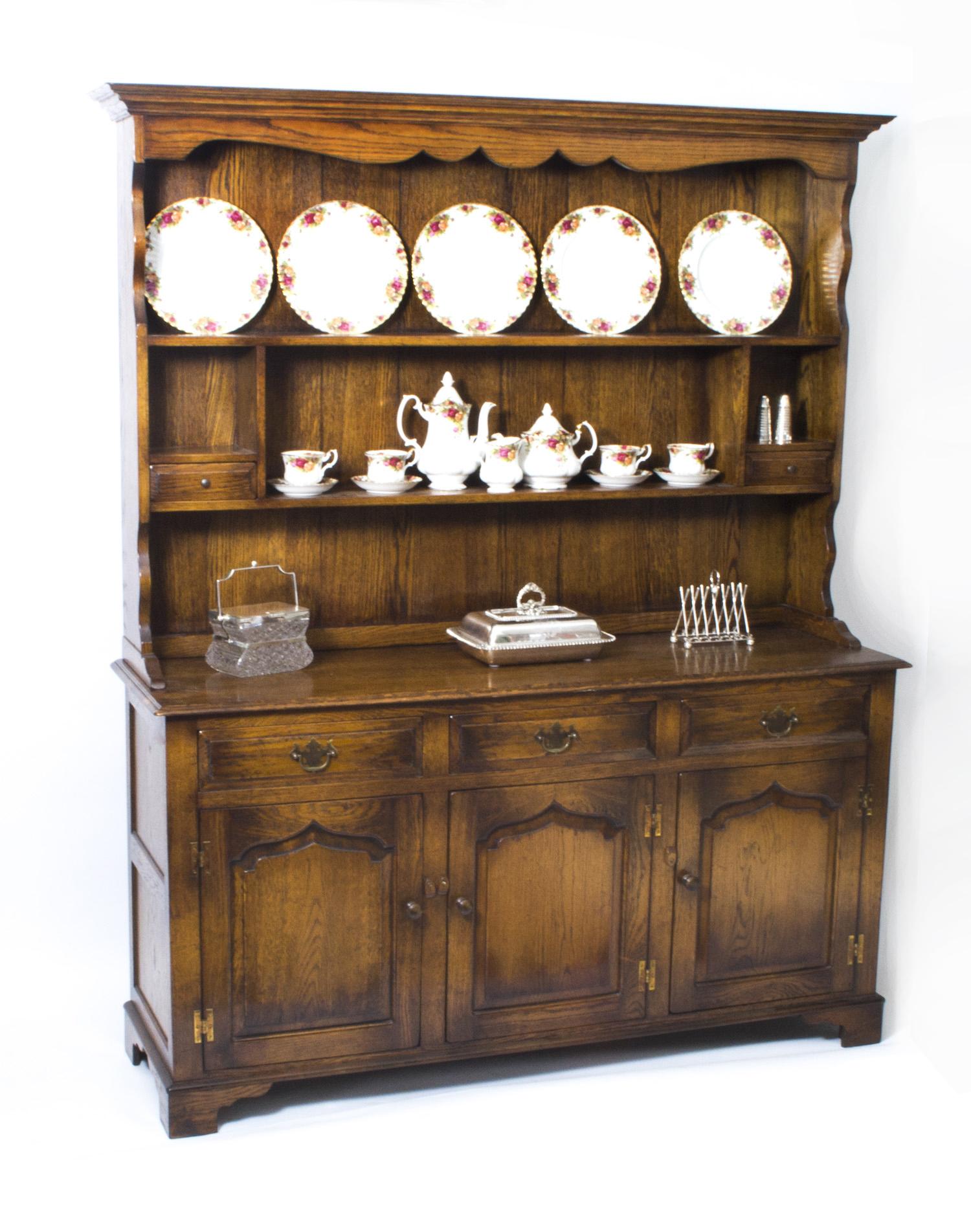 Vintage Welsh Oak Ref No 07100 Regent Antiques