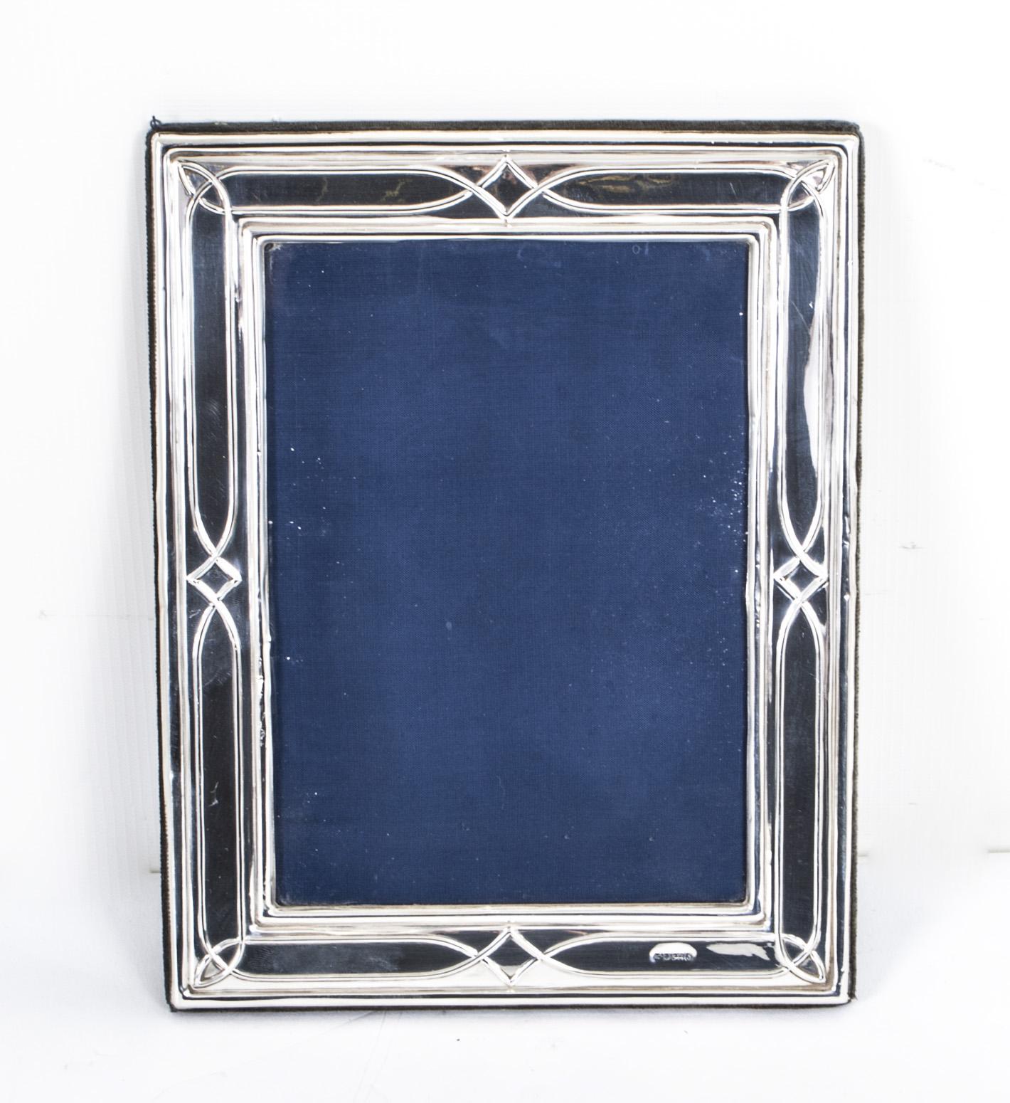 Stunning Vintage Art Nouveau Sterling Silver Frame Ref No 07733
