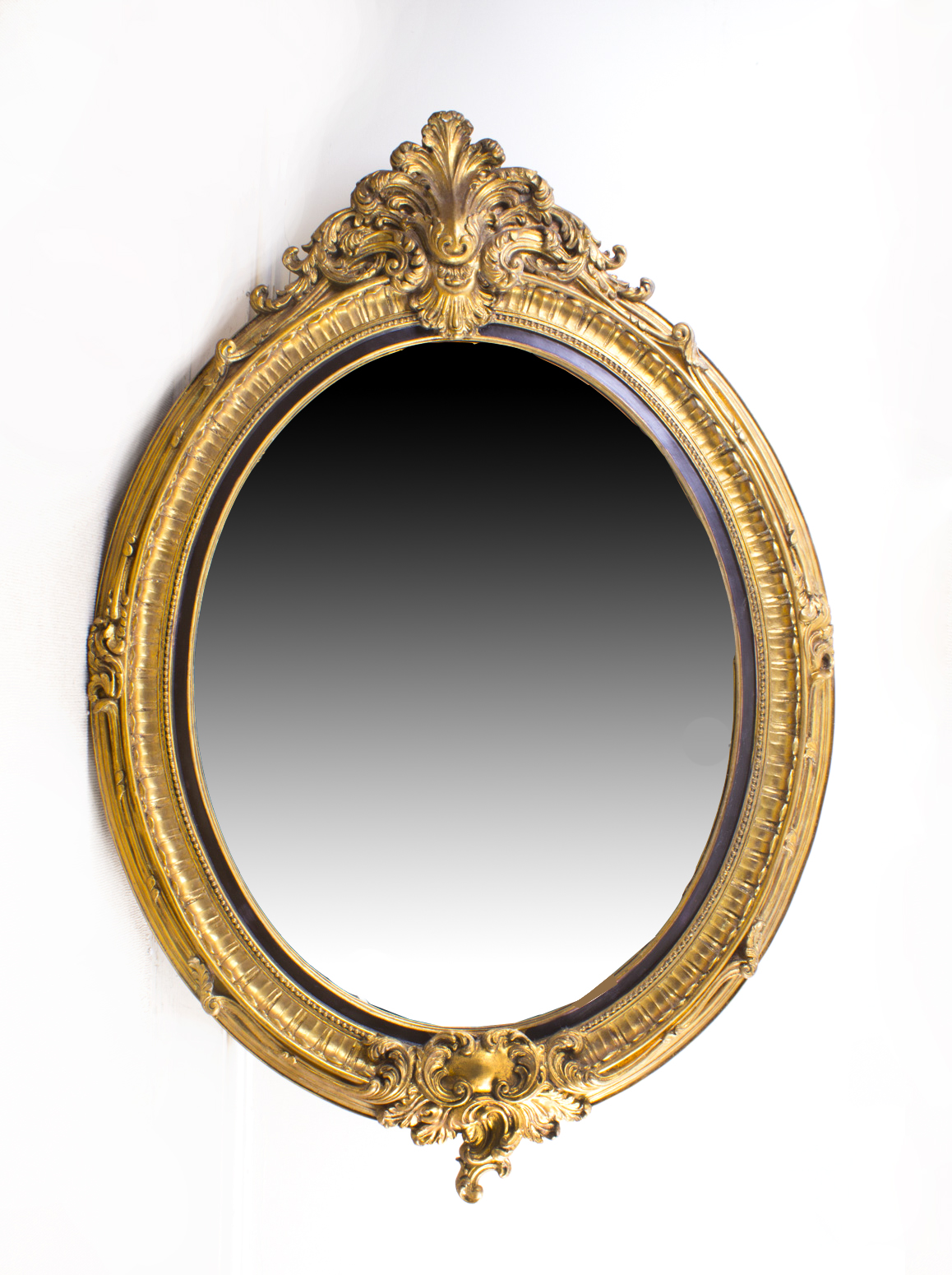 Beautiful large italian gilded decorative oval mirror for Fancy oval mirror