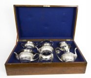 Antique English Edwardian Cased Silver 5 x Teaset Walker & Hall 1908