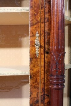01411-Pair-Victorian-Burr-Walnut-Inlaid-Display-Cabinets-7