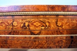 01411-Pair-Victorian-Burr-Walnut-Inlaid-Display-Cabinets-9
