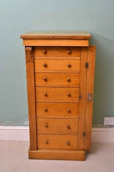 03911-Antique-Victorian-Oak-Wellington-Chest-C-1870-5