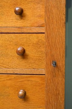03911-Antique-Victorian-Oak-Wellington-Chest-C-1870-9
