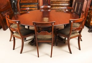Vintage 6ft 6& 34 Round Table & 8 Bespoke Chairs William Tillman 20th Century