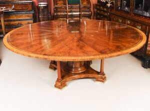Antique 7ft diameter Flame Mahogany Jupe Dining Table Early 20th Century