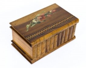 Antique Italian Sorrento Ware Olive Wood Casket C1920