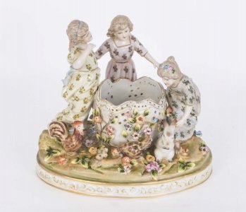 Dresden Style Porcelain Centrepiece & 39 Children at Play& 39