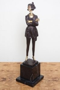 Attractive Gilded Bronze Young Lady Posing Lorenzl