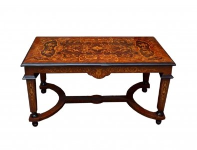 Charmant Fine Victorian Style Marquetry Coffee Table
