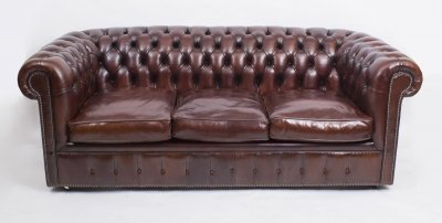 Bespoke English Leather Chesterfield Sofa Bed BBO