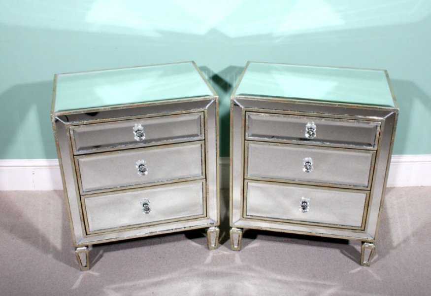 Pair art deco style mirrored bedside tables chests ref for Mirror bedside cabinets