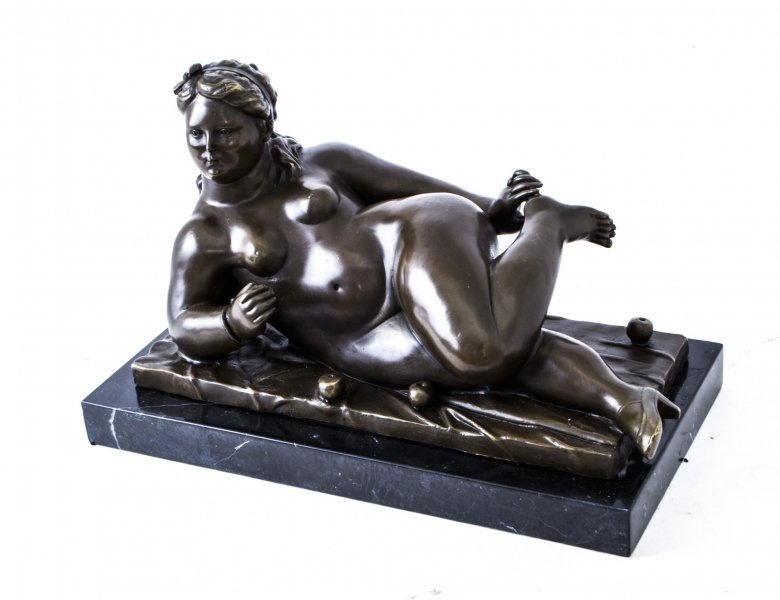 Bronze Sculpture of Reclining Woman | Ref. no. 05496 | Regent Antiques