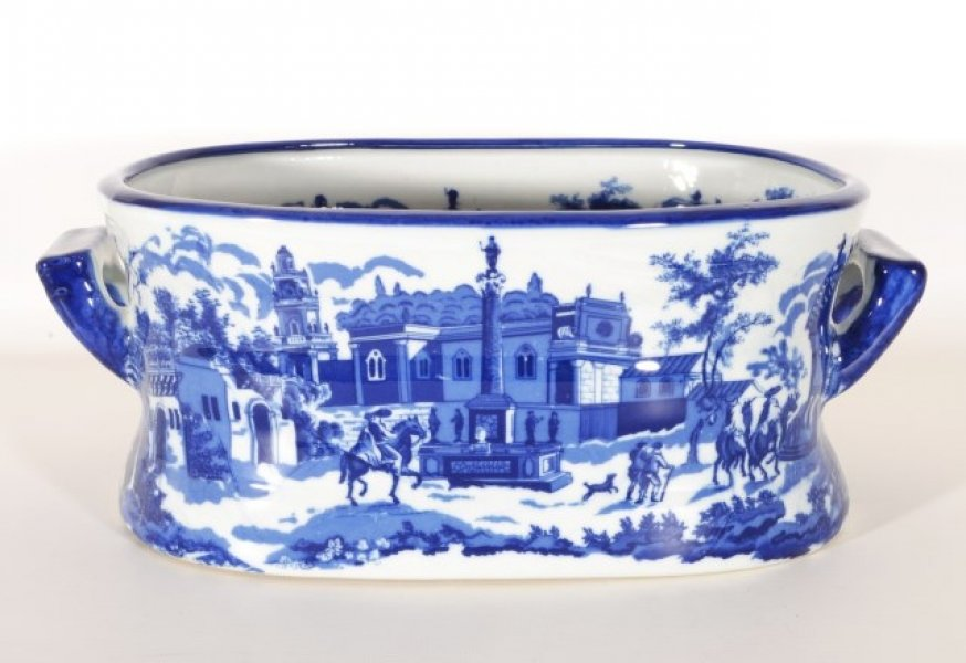 Delightful Blue & White Porcelain Planter Jardiniere | Ref. no. 05916s | Regent Antiques