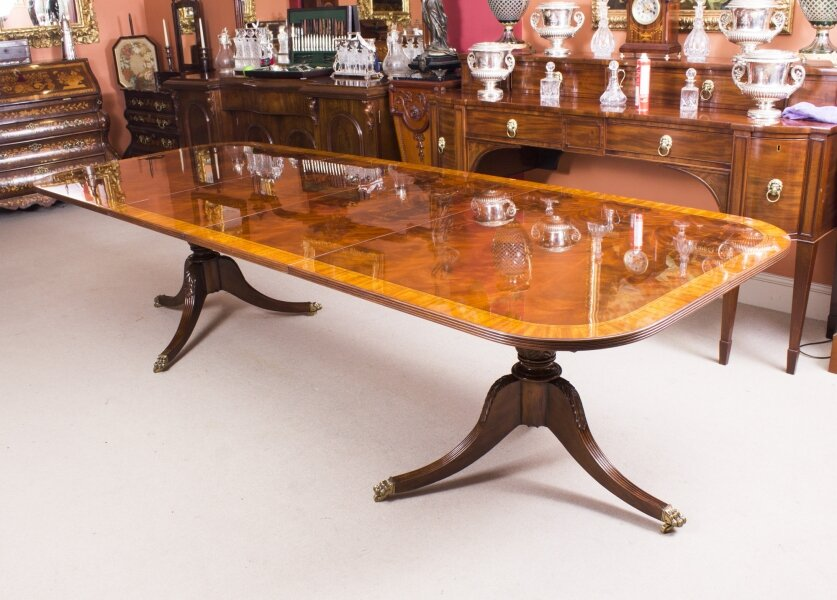 Regency Dining Table | Flame Mahogany Dining Table | Ref. no. 08055c | Regent Antiques