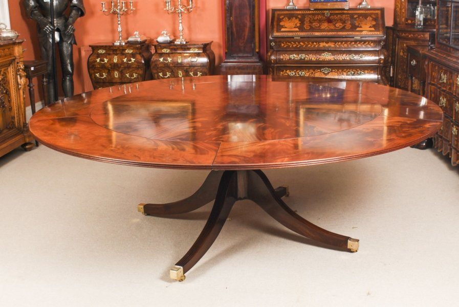 "Vintage 7ft 4""  Diameter Flame Mahogany Jupe Dining Table. Mid 20th C 