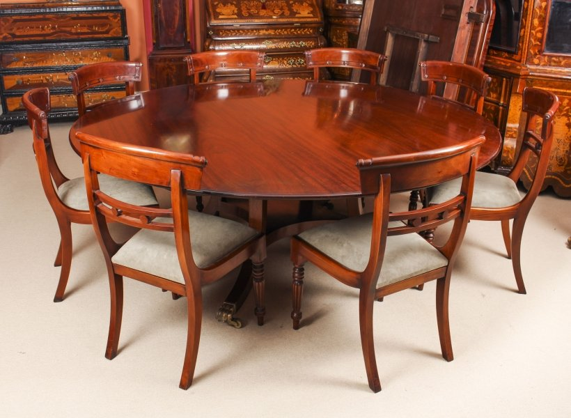 "Vintage 6ft 6"" Round Table  & 8 Chairs William Tillman 20th Century 