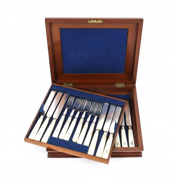 Antique Mahogany two-tier case 12 Mother Pearl Dessert Knives Forks 19th C | Ref. no. 09481 | Regent Antiques