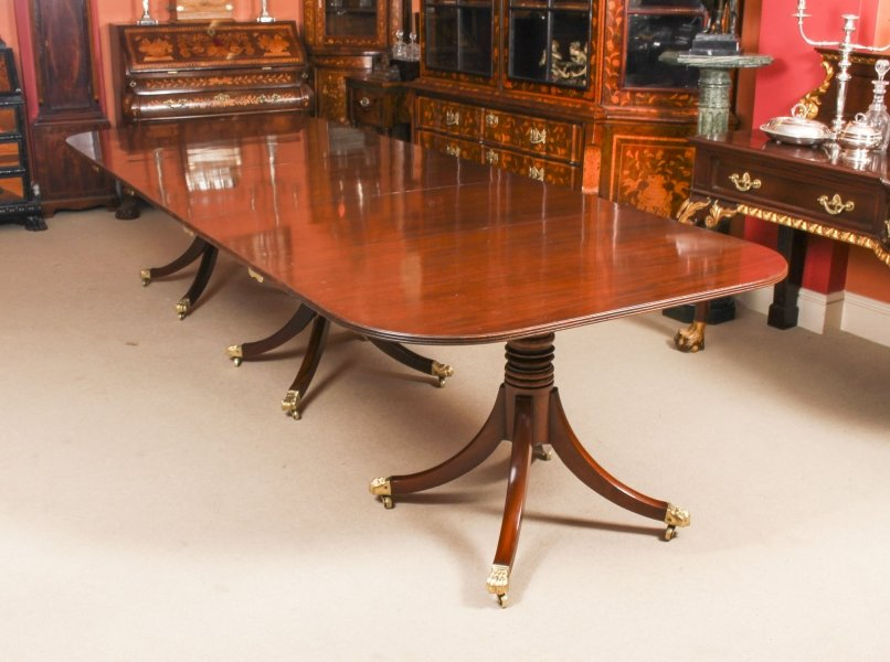 "Antique George III Flame Mahogany 10ft 9"" Triple Pillar Dining Table C1820 19thC 
