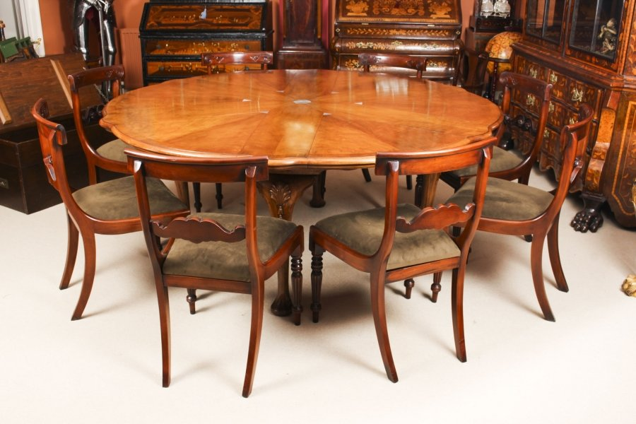 Antique Walnut Jupe Action Dining Table by Gillows  19th Century & 8 chairs | Ref. no. 09647a | Regent Antiques