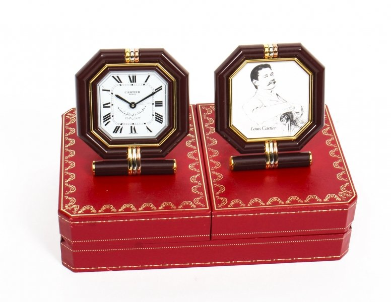 Les Must de Cartier Paris Cased Maroon & Gilt Desk Clock & Photo Frame | Ref. no. 09681 | Regent Antiques